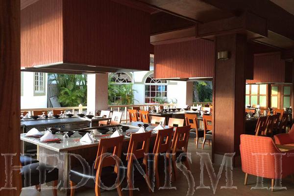 Newly Renovated Harrysans near the Main Dining Room - Hedo II