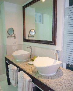 Premium bathrooms Hedonism